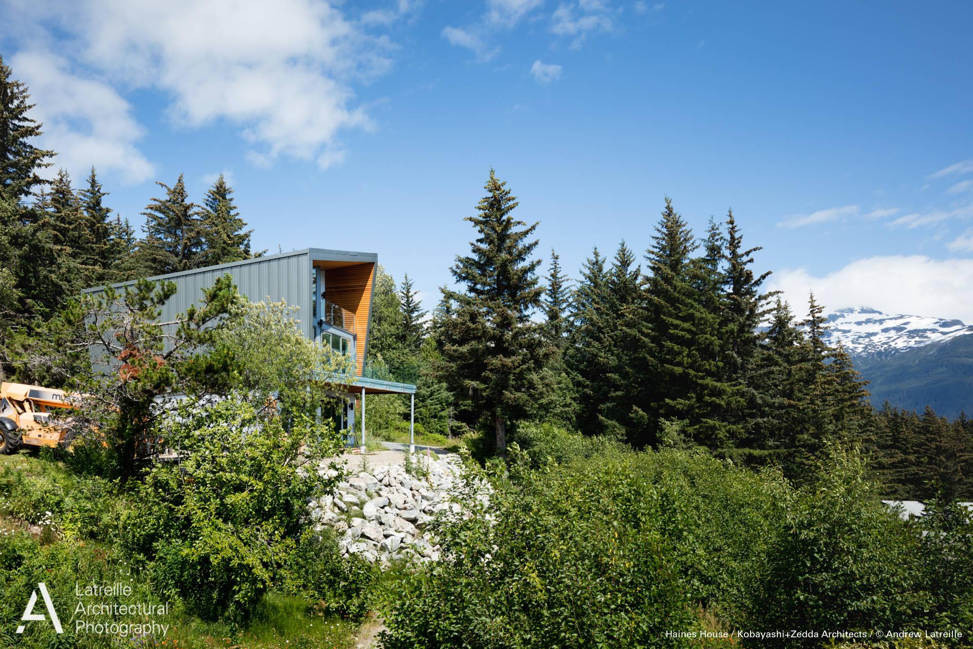 Haines House / Kobayashi+Zedda Architects