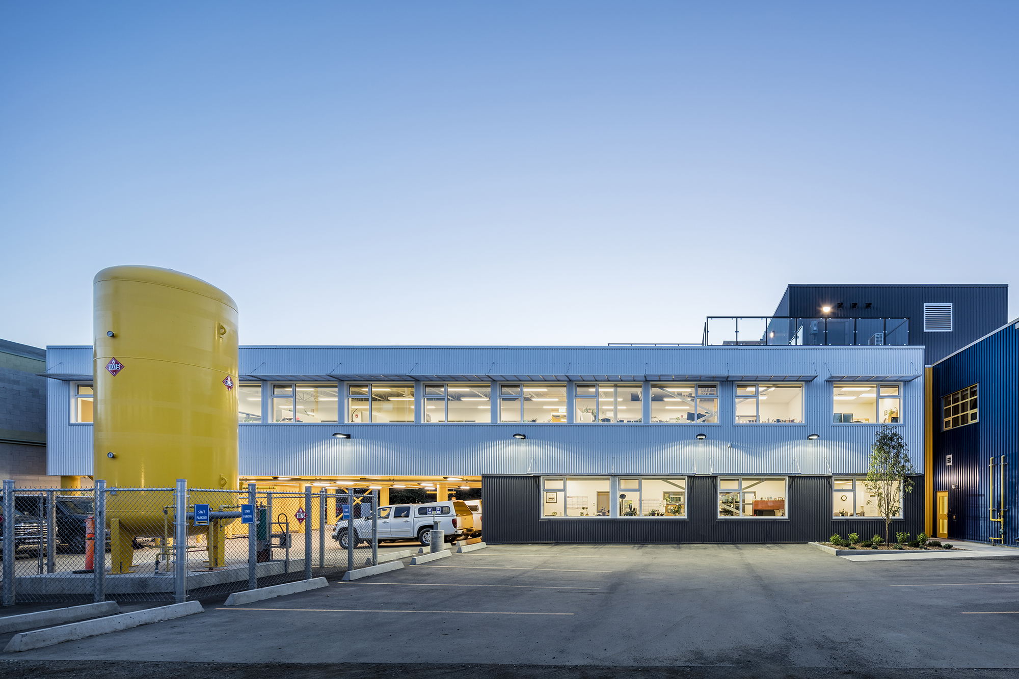 Yukon Workers' Compensation Health and Safety Board / Kobayashi+Zedda Architects